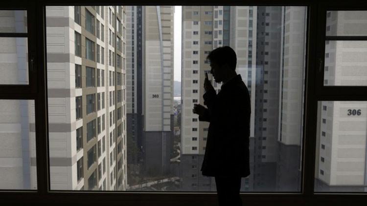 """""""No hay futuro para nosotros"""": jóvenes surcoreanos, al borde de un infierno sin salida"""