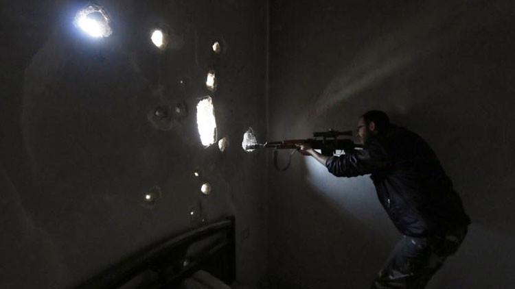 'El vengador anónimo': el misterioso francotirador que 'caza' a los jefes del Estado Islámico