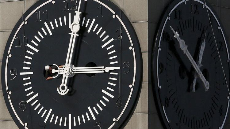 ¿La vida es una ilusión? Físicos presentan una nueva teoría del tiempo que cambiaría nuestra visión