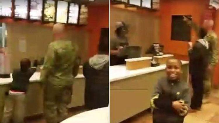 El noble gesto de un militar estadounidense se hace viral (video)