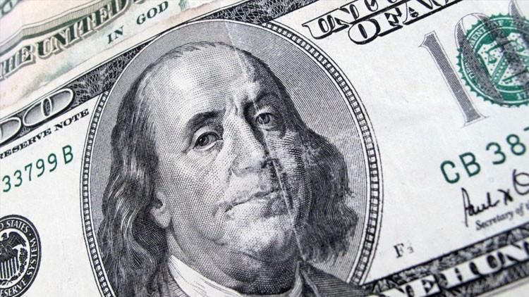 'La teoría del Big Bang': el dólar estadounidense alcanza su mínimo histórico