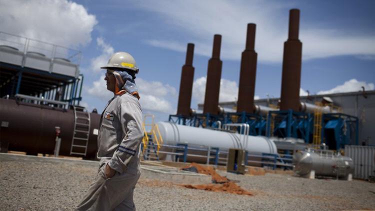 Venezuela desvela qué países apoyan la reunión de emergencia para apuntalar los precios del crudo