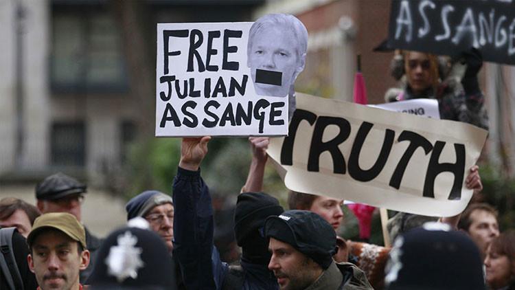 El caso de acoso sexual de Assange: Cinco hechos que la prensa suele ocultar