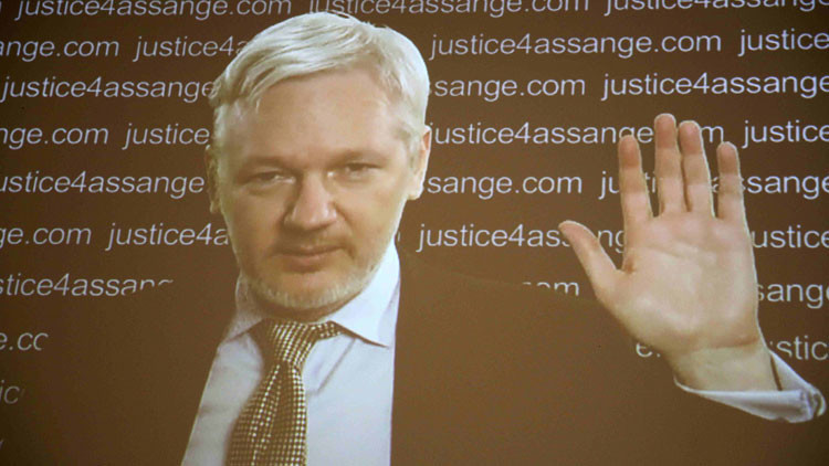 """Assange: """"El Reino Unido y Suecia pueden ser castigados por detenerme"""""""
