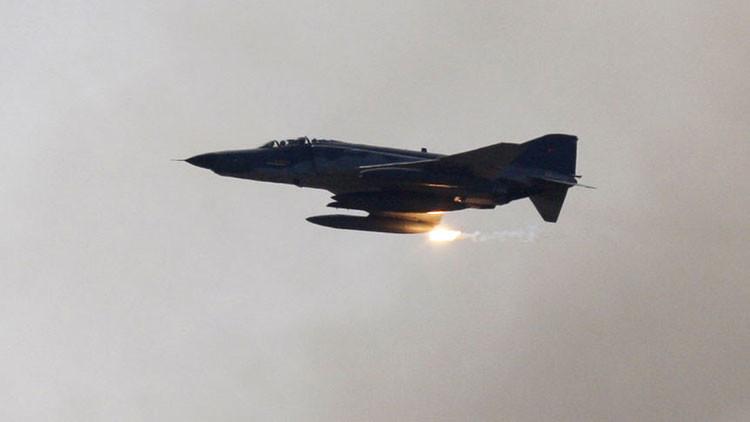 Turquía realiza ataques aéreos contra los kurdos en territorio de Irak