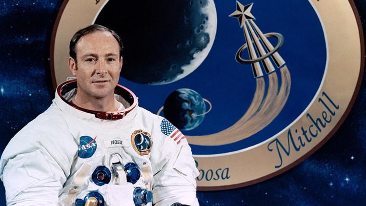 El astronauta Edgar Mitchell