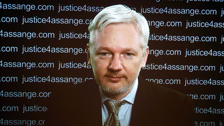 "Paul Craig Roberts: ""El Gobierno criminal de Washington no permitirá liberar a Assange"""