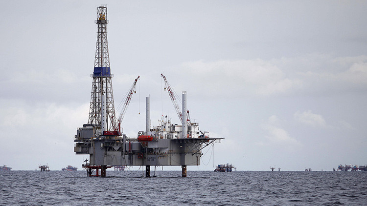 ¿Cómo sobreviven los gigantes petroleros en tiempos de crisis?