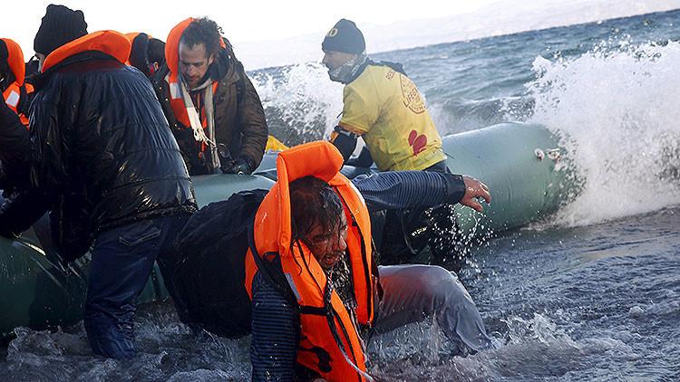 Turquía: Al menos 35 refugiados mueren ahogados en el mar Egeo