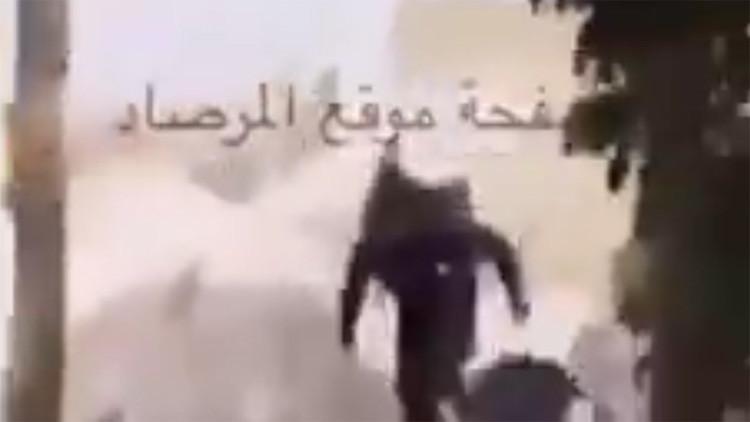 Cazadores cazados: Un tanque sirio aniquila a terroristas con lanzacohetes (Video)