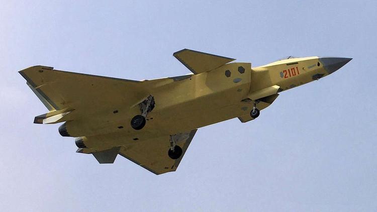 China tendrá su primera escuadrilla operacional de cazas furtivos J-20 de quinta generación