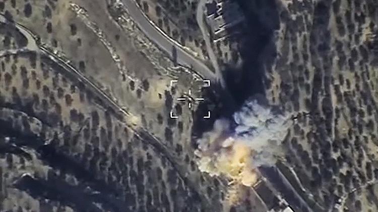 Fuerza Aérea rusa publica nuevos vídeos de impresionantes impactos en instalaciones terroristas