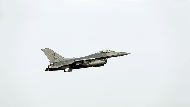 """""""Disgusto y decepción"""": India convoca al embajador de EE.UU. por la venta de aviones F-16 a Pakistán"""