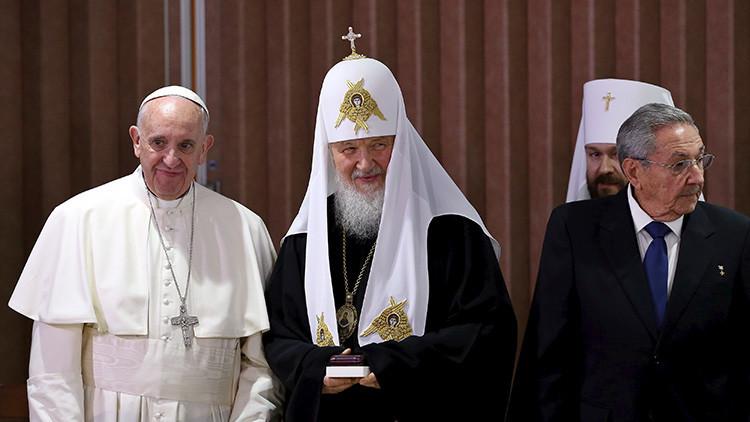 El papa Francisco revela los detalles de su reunión con el patriarca ruso Kiril