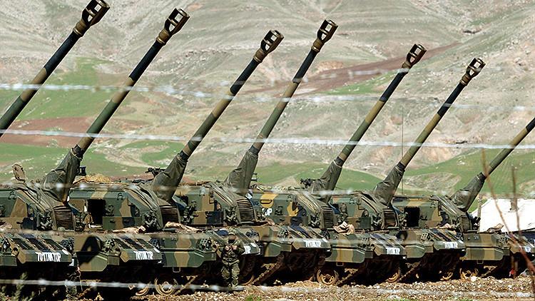 Fuerzas turcas abren fuego de artillería contra los kurdos sirios en Alepo