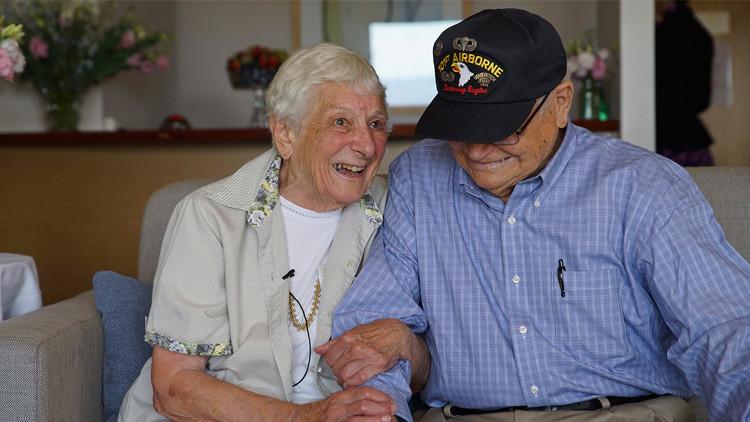 Video: Dos enamorados se reencuentran tras 70 años sin verse después de la Segunda Guerra Mundial