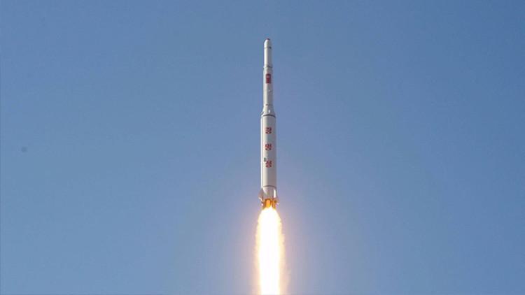 Corea del Norte crea una nueva unidad militar para desplegar misiles balísticos