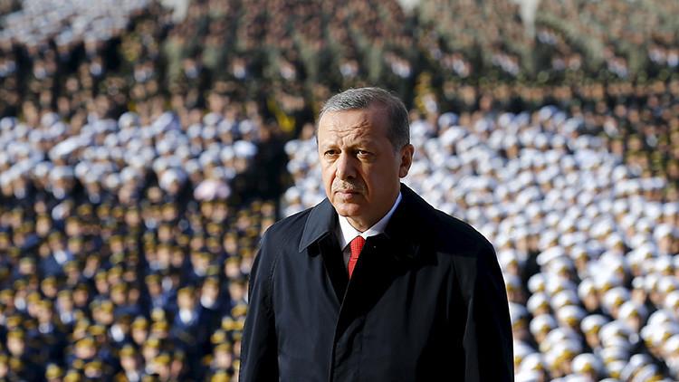 """""""Los errores en política exterior de Turquía encienden el conflicto entre Erdogan y EE.UU"""""""