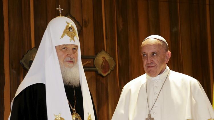 """""""Los jerarcas prestan atención a la situación de los cristianos en Oriente Medio"""""""