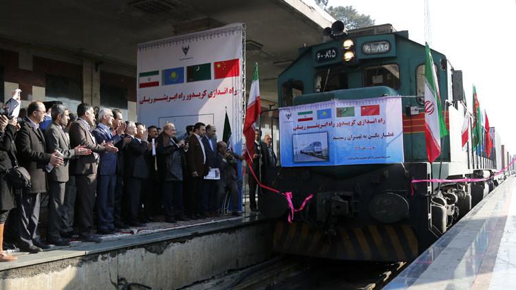 ¿Fin al dominio de EE.UU.? Llega a Irán el primer tren de China de la Ruta de la Seda (Video)