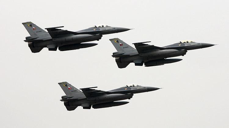 ¿Hasta cuándo? Turquía viola el espacio aéreo griego 22 veces en un solo día