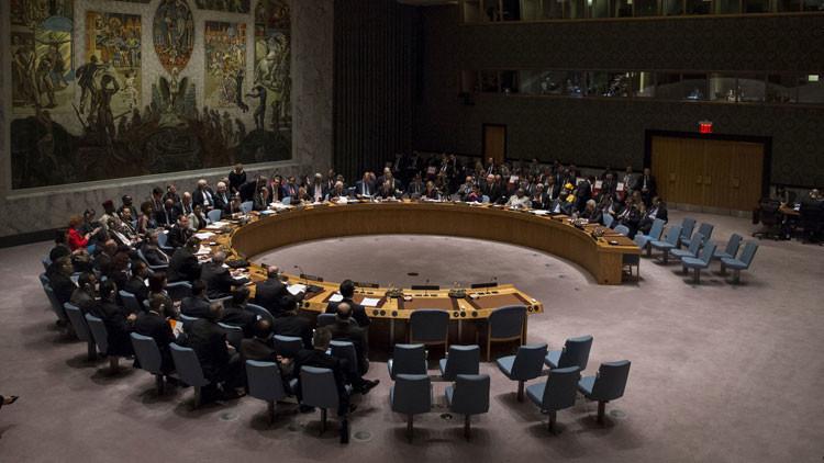 Rusia presenta en la ONU una lista de violaciones del derecho internacional por EE.UU. y Reino Unido