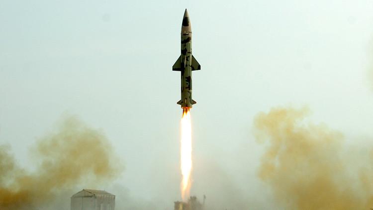 India lanza con éxito un misil balístico con capacidad nuclear
