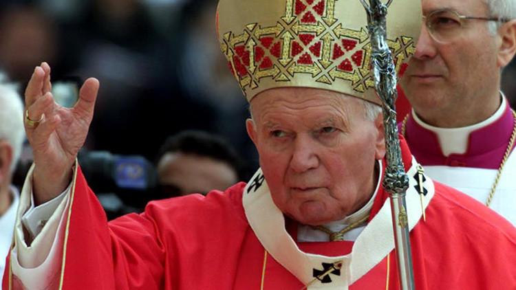 """¿Una """"conspiración maliciosa""""?: La """"intensa"""" amistad de Juan Pablo II destapada por BBC fue un bulo"""