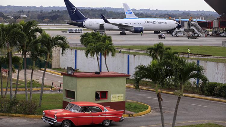 Cuba y EE.UU. firman un acuerdo para restablecer transporte aéreo regular