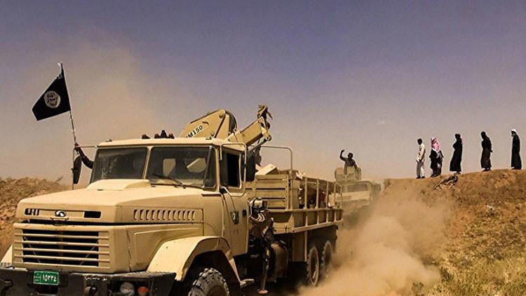 Vacas flacas: El Estado Islámico pasó de crear su propia moneda a no poder pagar el agua y la luz
