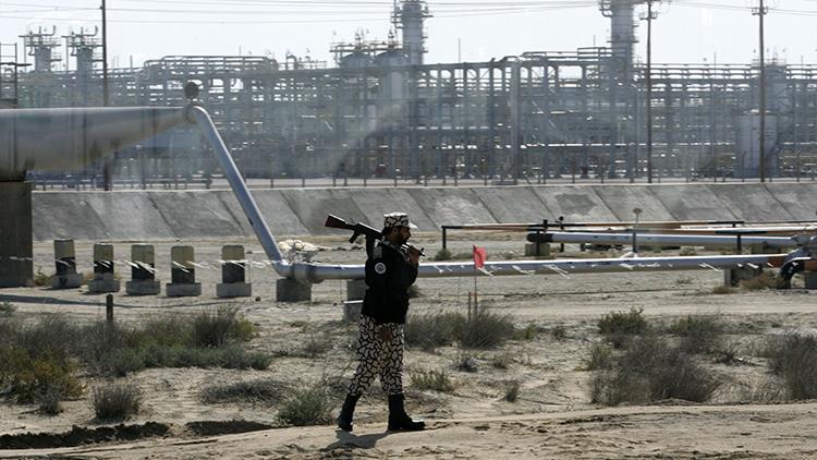 Las verdaderas razones de Arabia Saudita para congelar la producción de petróleo