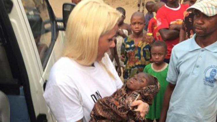"""Fotos: Rescatan a un niño de dos años abandonado por """"brujo"""" en Nigeria"""