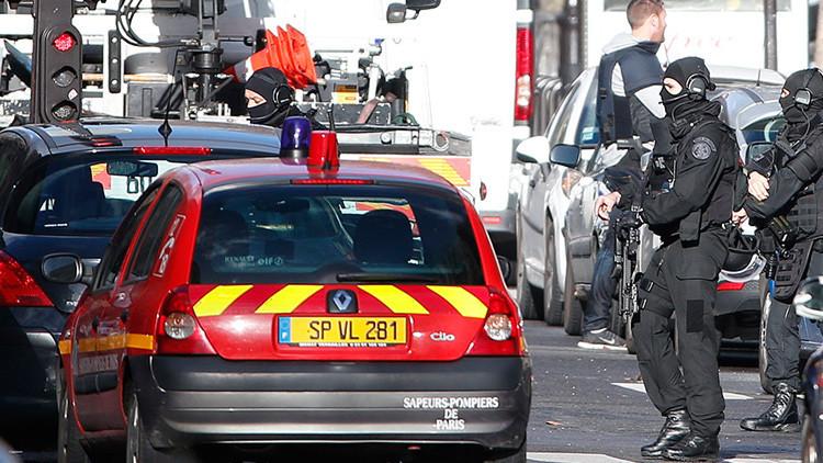 Policía francesa en Paris