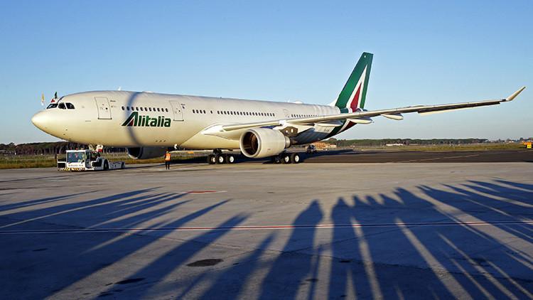 Atacan con láser el avión del papa Francisco en México
