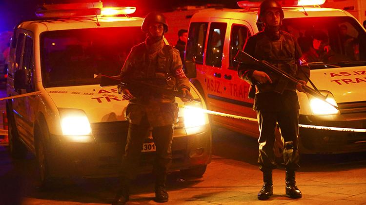 Muestran imágenes desde el epicentro del atentado en Ankara (Videos)