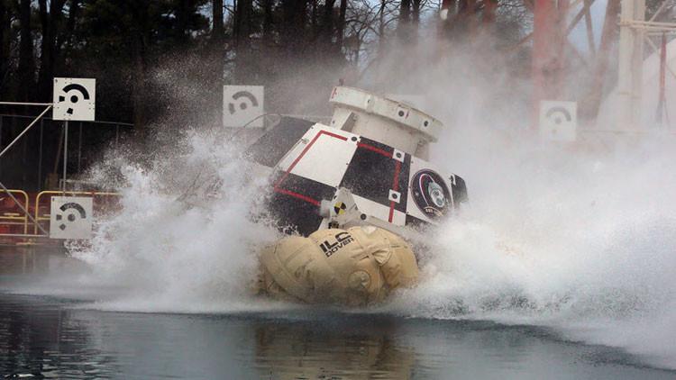 'Chapuzón espacial': la NASA prueba en el agua su nueva capsula futurista