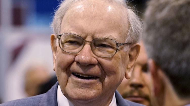 ¿Nos hemos perdido algo? Buffett invierte activamente en compañías petroleras