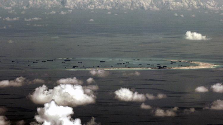 """Pekín ve """"motivos ocultos"""" en la exageración de EE.UU. sobre su despliegue de misiles en el mar"""