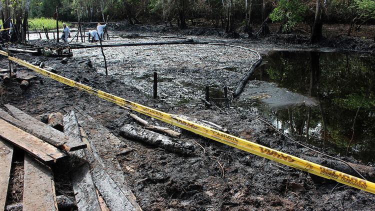 Desastroso derrame de petróleo deja sin agua a comunidades enteras en el Amazonas