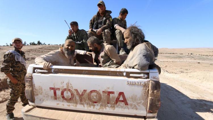 El amigo de mi amigo es mi enemigo: grupos rebeldes apoyados por EE.UU. en Siria luchan entre sí