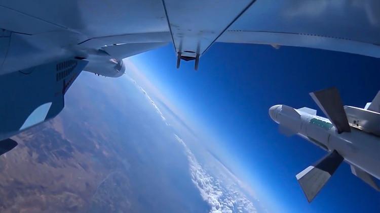 "'Rusofrenia': ""Occidente afirma que Rusia está a punto de colapsar y de dominar al mundo a la vez"""