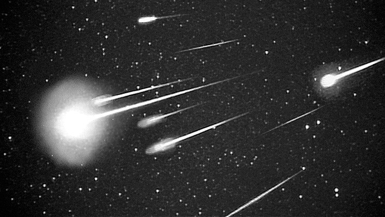El más grande desde Cheliábinsk: Un enorme meteorito explota sobre el Atlántico