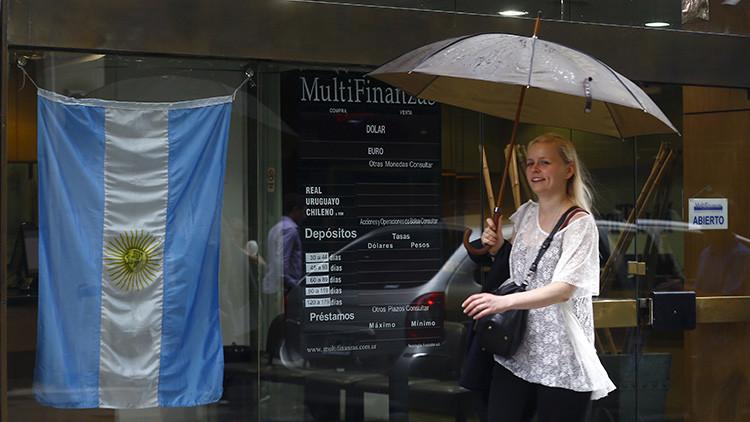 Argentina llega a un acuerdo con cinco 'fondos buitre' por casi 450 millones de dólares