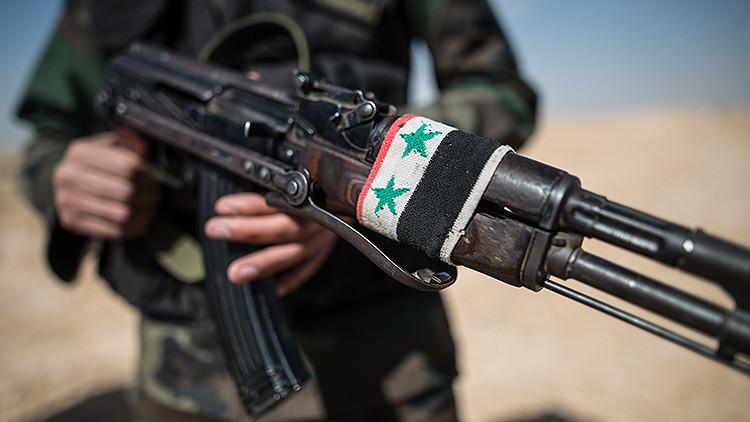 """""""Estados Unidos lleva a cabo una guerra indirecta contra sí mismo en Siria"""""""