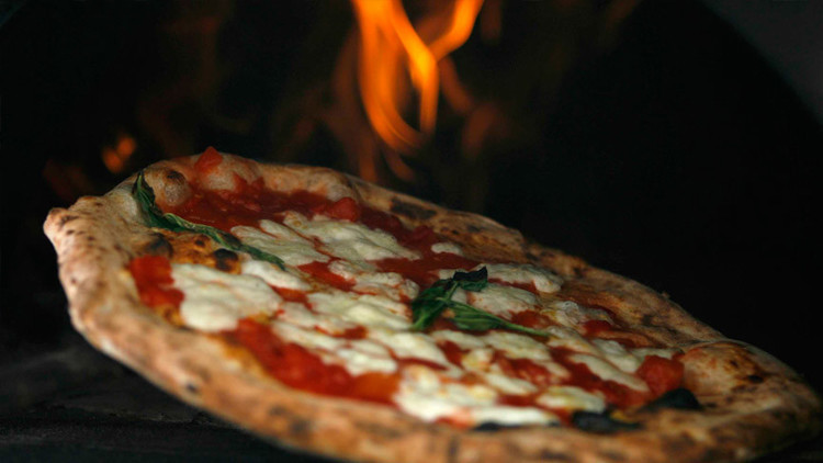 ¿Seducción por el estómago? La pizza rusa se lanza a la conquista de los hogares estadounidenses