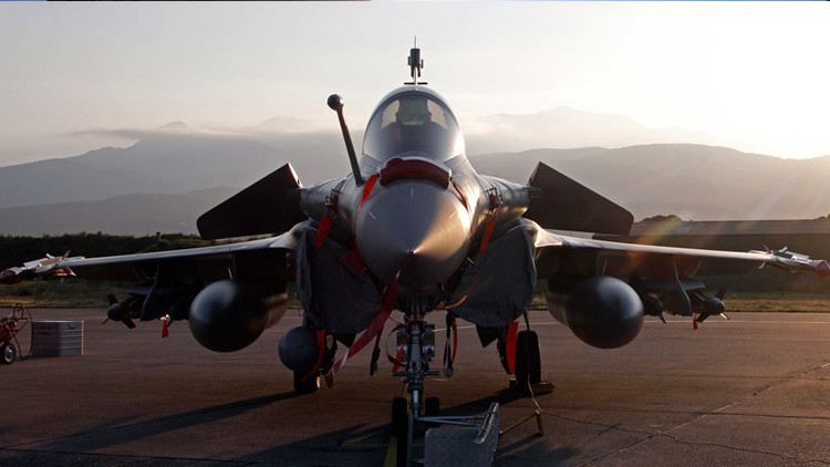 """'Le Monde': Francia está llevando a cabo """"operaciones secretas"""" en Libia"""