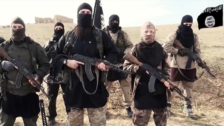 El EI ataca una ciudad siria en la frontera con Turquía tras el inicio de la tregua