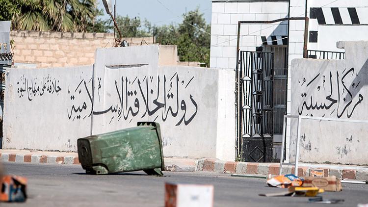 Una fortaleza abandonada que pertenecía a los yihadistas en la ciudad de Tell Abyad, Siria