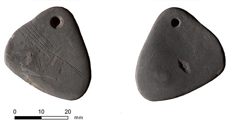 Hallan un colgante 'mágico' de 11.000 años