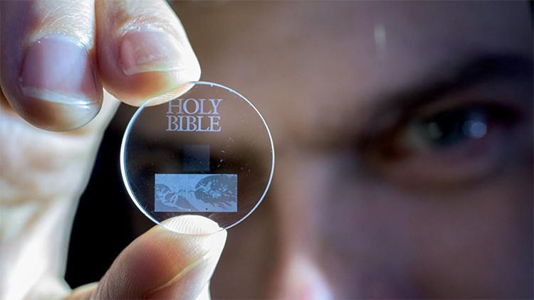 Crean una memoria 5D que podría guardar la historia de la humanidad para siempre
